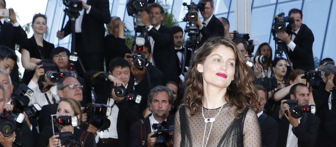 Le décolleté plongeant de Laetitia Casta enflamme la Croisette  ! https://t.co/2gu6OPCIMu #Cannes2017 #Cannes70