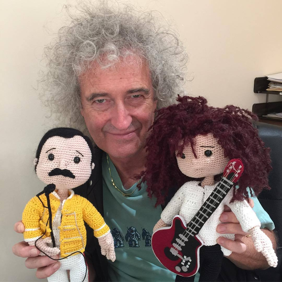 &quot;Friends will be friends, right till the end&quot; @brianmaycom @DrBrianMay #wednesdaymotivation #FreddieMercury   http://www. brianmay.com  &nbsp;  <br>http://pic.twitter.com/btuewSnUwH