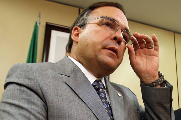 Sandro Mabel pede demissão e é o 4º assessor de Temer a deixar o governo https://t.co/KgozWWDS6E