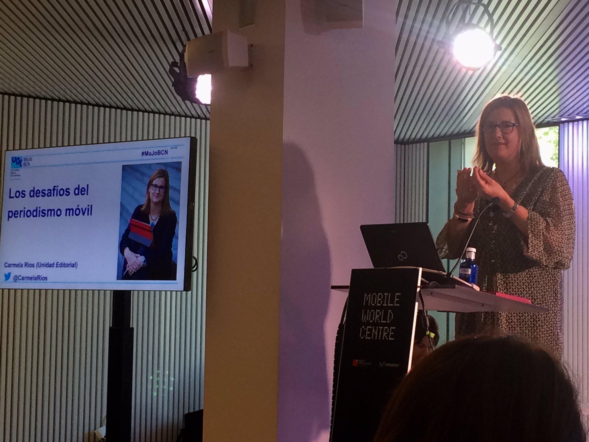 """""""El mòbil em va permetre continuar amb el periodisme de tota la vida"""", explica @CarmelaRios a #MoJoBCN https://t.co/qwdHPwAGIp"""