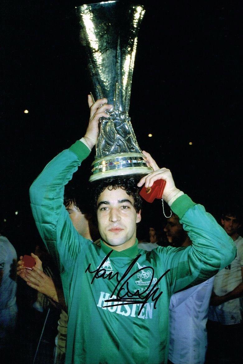 Tony #Parks #EnglishGK  #winner #UEFACup 1984 with #Tottenham against #Anderlecht<br>http://pic.twitter.com/s416fSeBrR
