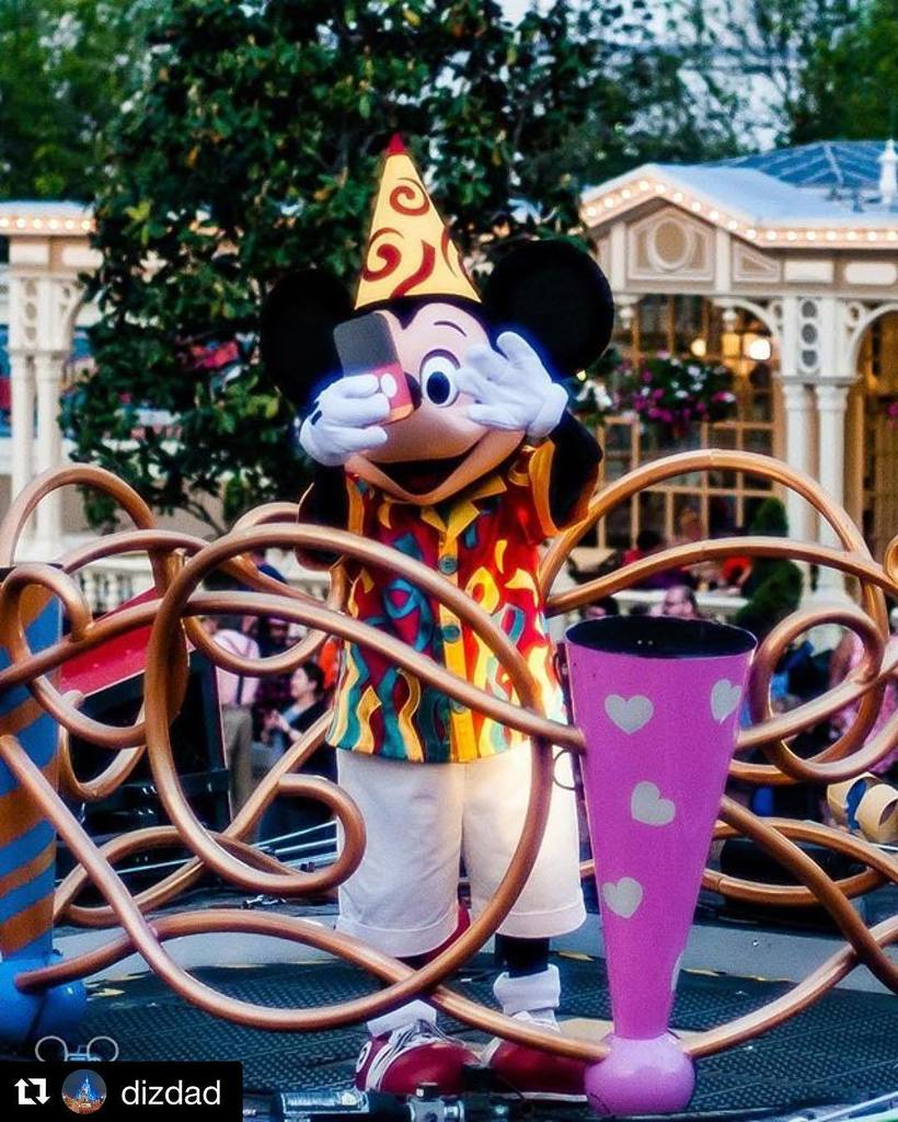 Good morning all!!!! We finally made it halfway through the week!!! Mickey wanted you to know he knows what a #bac…  http:// ift.tt/2rT2TF4  &nbsp;  <br>http://pic.twitter.com/CCtlvWB9IG