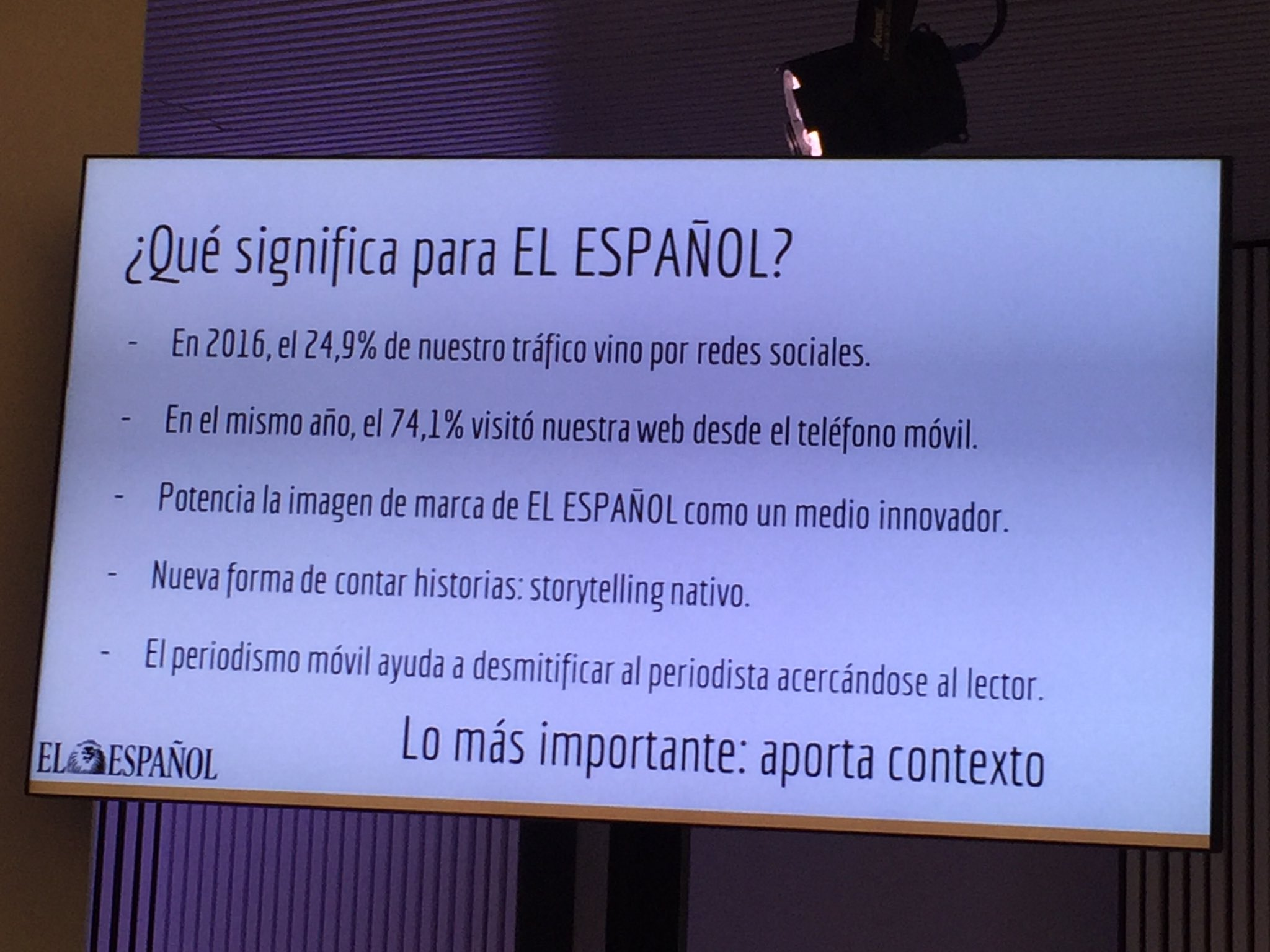 Los datos de @elespanolcom son también aplastantes. 74,1% tráfico móvil #MoJoBCN https://t.co/lAUuycoHpB