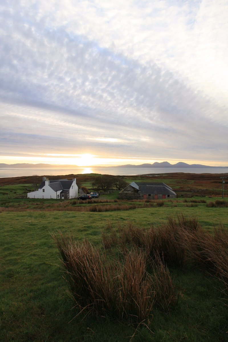 The Potter's Tale: A Colonsay Life, by Dion Alexander - a magical book about a magical island scotsman.com/lifestyle/cult…
