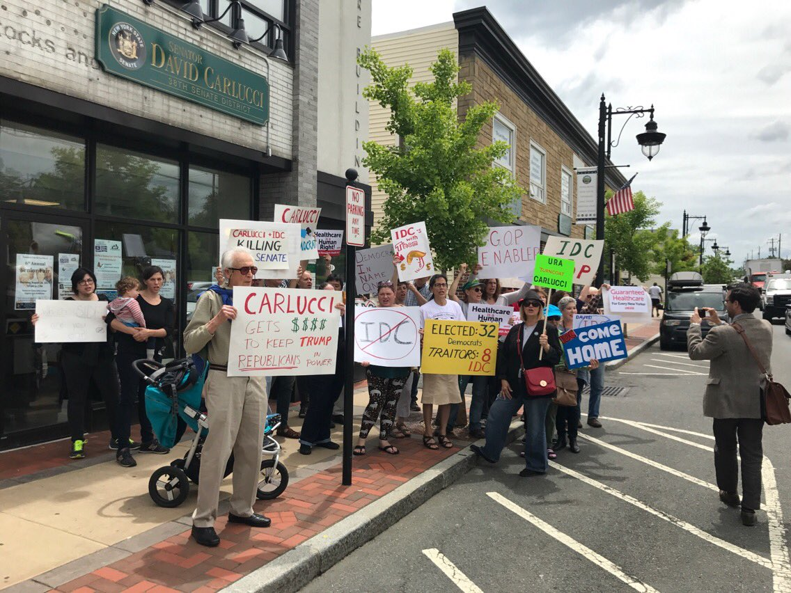 We're at @IDC4NY Sen. @davidcarlucci office asking him to stop supporting GOP & #ResistTrump! First of many #DemUnity actions today https://t.co/9Uxtb5AAmY