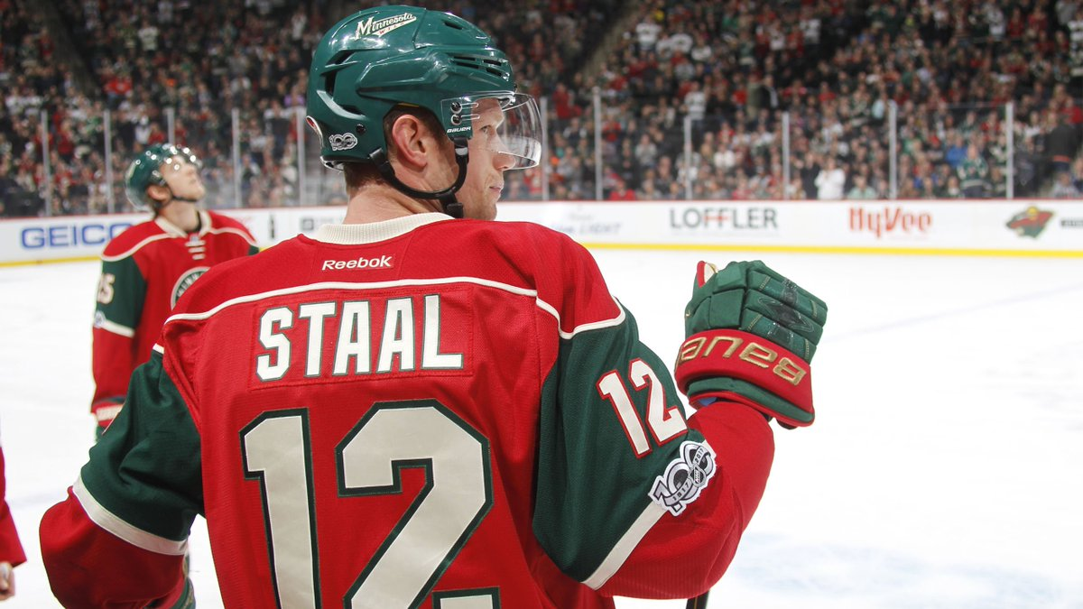 He led #mnwild in goals and played in his 1,000th game. 📰 More of Eric Staal's numbers from 2016-17 → ow.ly/1YZo30c0Lop