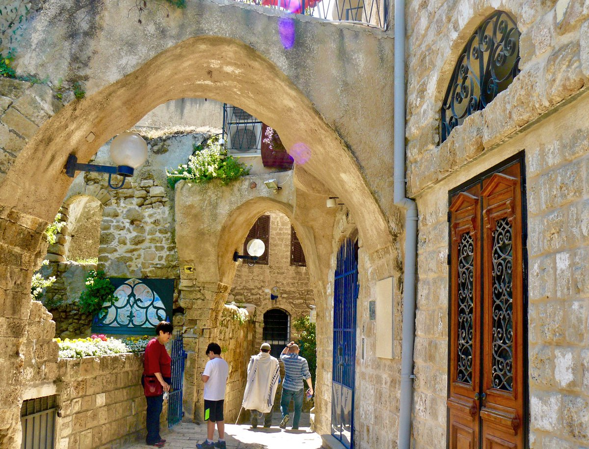 An #ancient #view Do you want this too? Take a #vacation in the best #location #TelAviv #Jaffa  http:// sweettelaviv.com  &nbsp;  <br>http://pic.twitter.com/4hRFmPjats