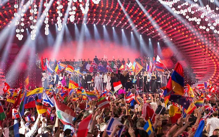 The Viewing Figures Have Been Released   https://www. eurovoxx.net/single-post/20 17/05/24/Its-official-The-Viewing-Figures-Have-Been-Released &nbsp; …   The EBU have released the official viewing figures. Have a look #Eurovision <br>http://pic.twitter.com/WLDTMH9XiS