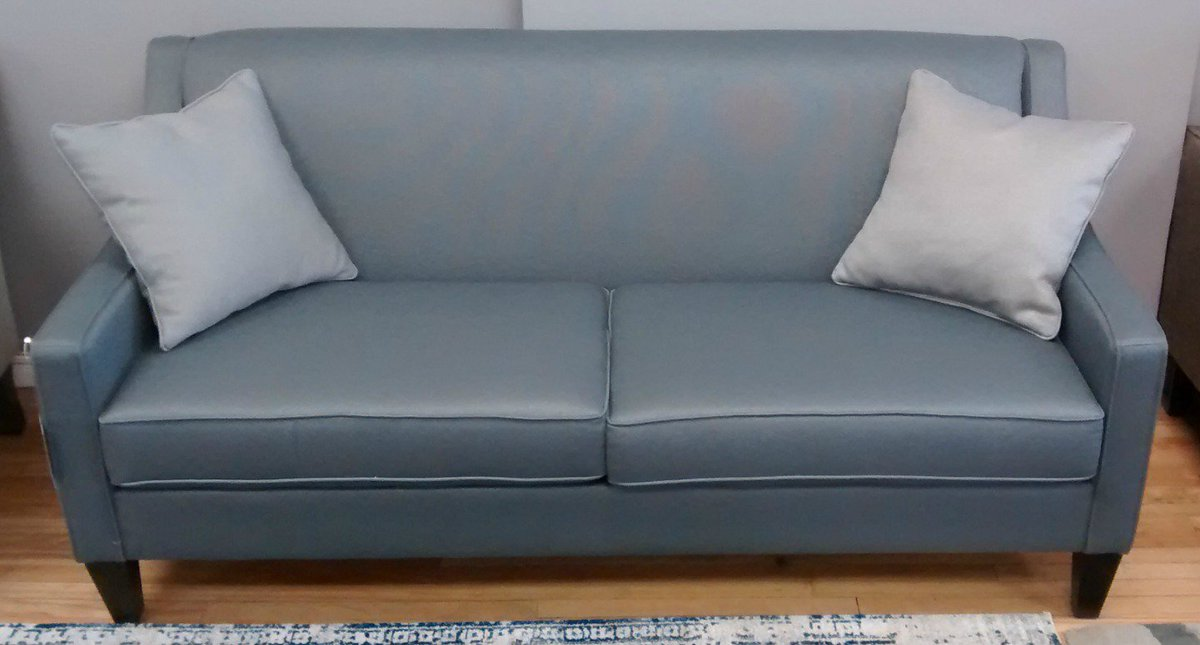 25 Off All Atvangoghdesign Custom Sofas Sectionals Chairs Ends May 27 W F 10 7 Sat 10 6 Hamont Burlon Madeincanadapic Twitter Com P7v4lnpfl7