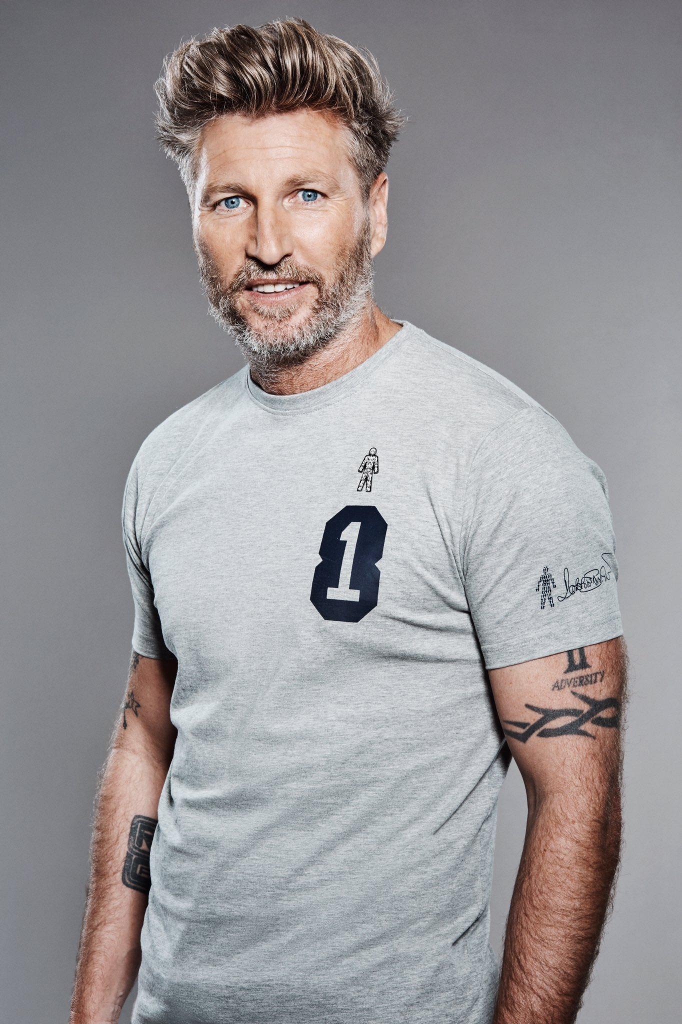 My T-Shirt to raise money for @ProstateUK is now on sale @Jacamo – https://t.co/8qsqID1ONT https://t.co/AivDE89d44