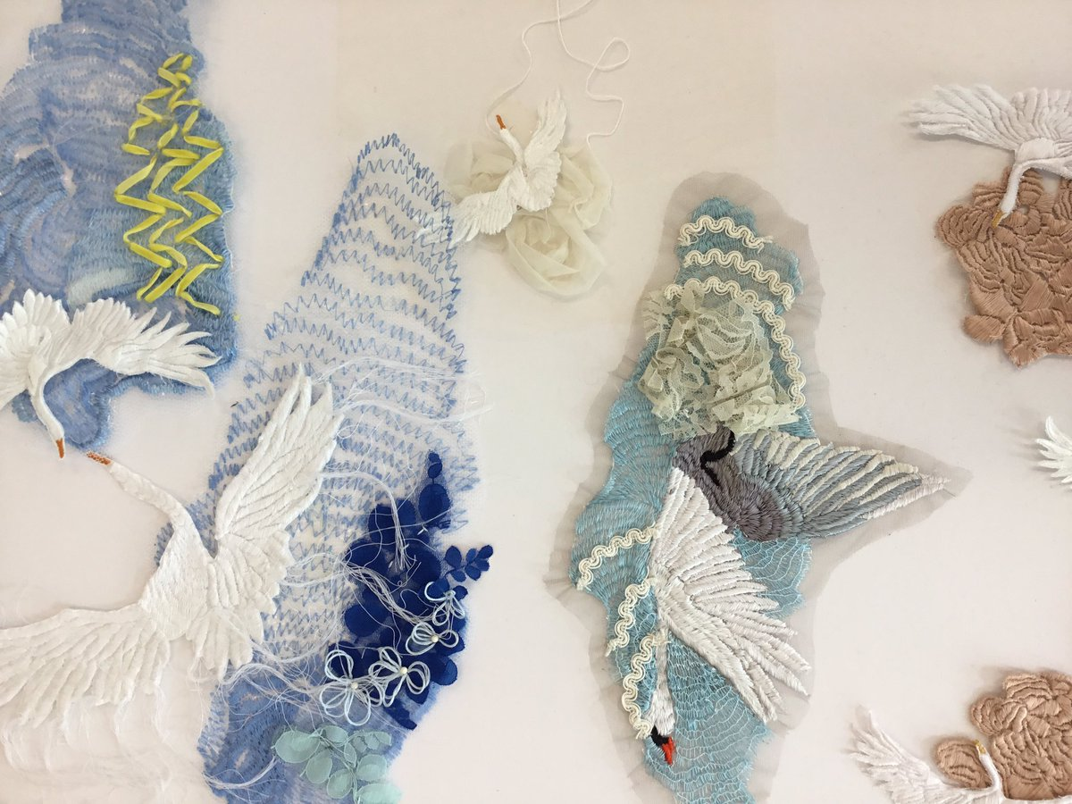 Hazel Bruce On Twitter Award Winning Embroidery From Rachael Raftery From Textile Art Design And Fashion Belfastschart Ulster Alumni Gault Ae Lmjsmyth Https T Co Aimxhmtx4q