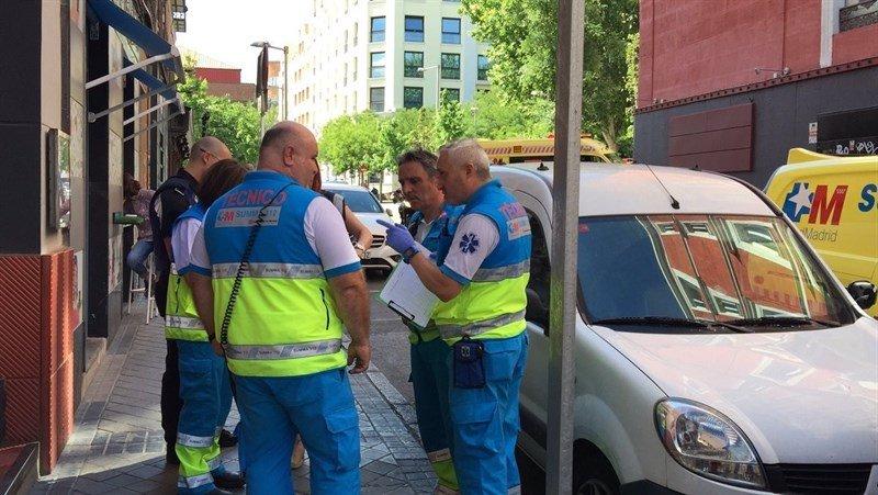 Herida grave una cocinera en la calle Santa Teresa al explotar un sifón