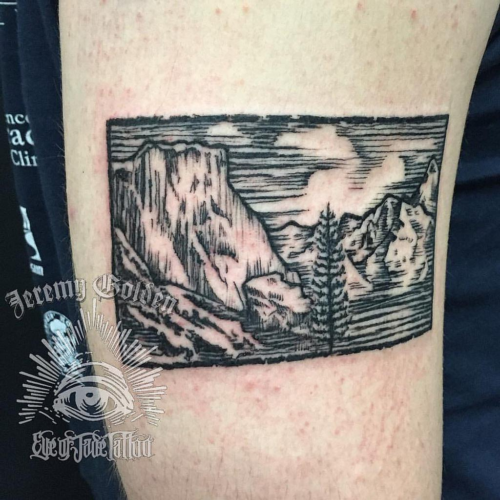 It&#39;s been a while since we showed off some #woodblock style #tattoos. Jeremy Golden has us covered with this @YosemiteNPS tribute piece!<br>http://pic.twitter.com/ZZYG5EWMy9