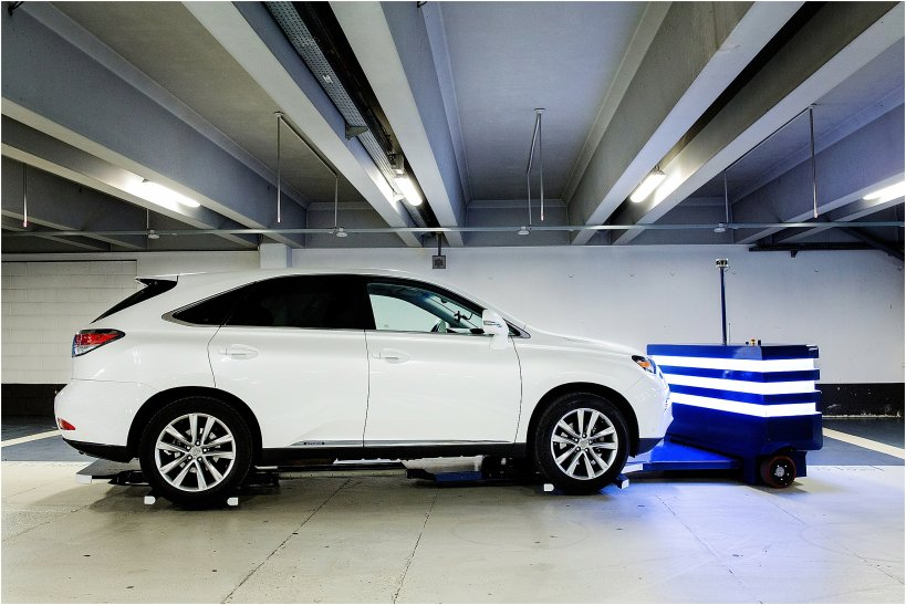 Tired of #airport #parking? #Robot Stan by #FrenchStartup @StanleyRobotics can pick up your car &amp; park it for you  http:// tcrn.ch/2rRTtKU  &nbsp;  <br>http://pic.twitter.com/ScMrQWKBFG