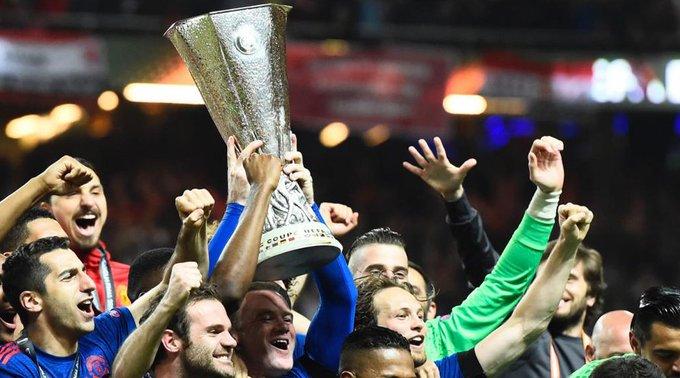 United, quinto equipo que gana Copa de Europa, Recopa, UEFA y Supercopa europea. ¿Sabes cuáles son los demás? https://t.co/pw7UHVRiuu 🏆