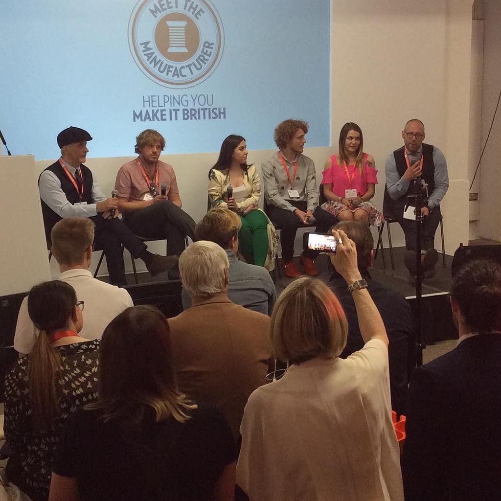 @ukftorg CEO #adammansell interviews the @makeitbritish #makeitbritish #panel #fashion #textiles #manufacturing #m…  http:// ift.tt/2qh87tQ  &nbsp;  <br>http://pic.twitter.com/lLwmsD9bo8
