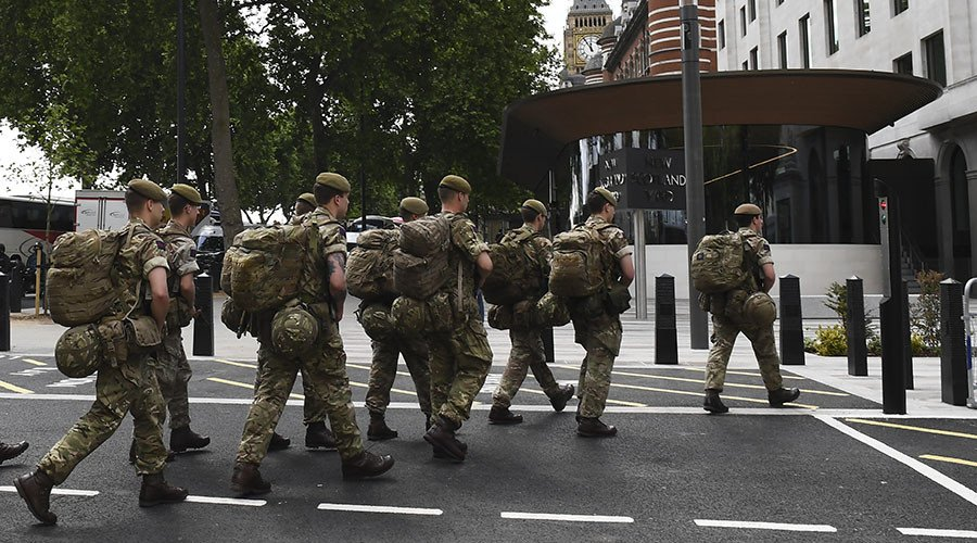 Soldiers deployed on streets as Britain prepares for 'imminent' terror attack https://t.co/eyQn0jSS3a