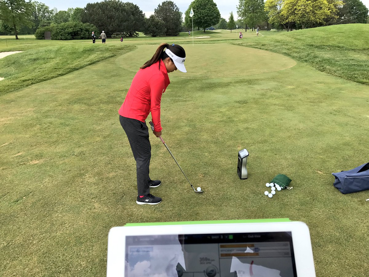 Short game work with @JenniferHa0201 in Michigan. Dialling in contact point &amp; spin #s on my GCQuad #noguessing @LPGA @ForesightCanada<br>http://pic.twitter.com/y7VEicJNxk