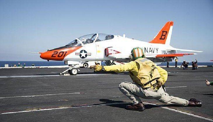 حاملات الطائرات الامريكيه ونظام قذف الطائرات الكهرومغناطيسي EMALS .........وجهة نظر  DAnX2IBXkAAe2wd