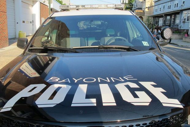 #Bayonne cop charged with covering up police brutality now on modified duty https://t.co/z3pTBbkHpr