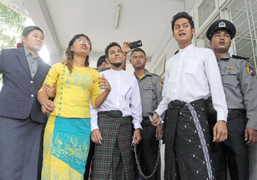 Joyful to see these two peaceful interfaith activists free again. Happy for them &amp; their families! #Myanmar #BurmaMuslims .@JamilaHanan<br>http://pic.twitter.com/bPgo1WMksx