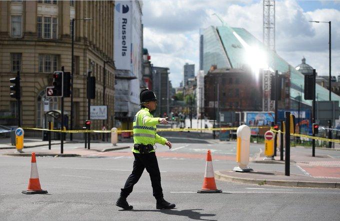 EN DIRECT - Attentat de Manchester : le frère cadet du kamikaze était au courant de la préparation de l'attaque https://t.co/p9M1Pnkvm6
