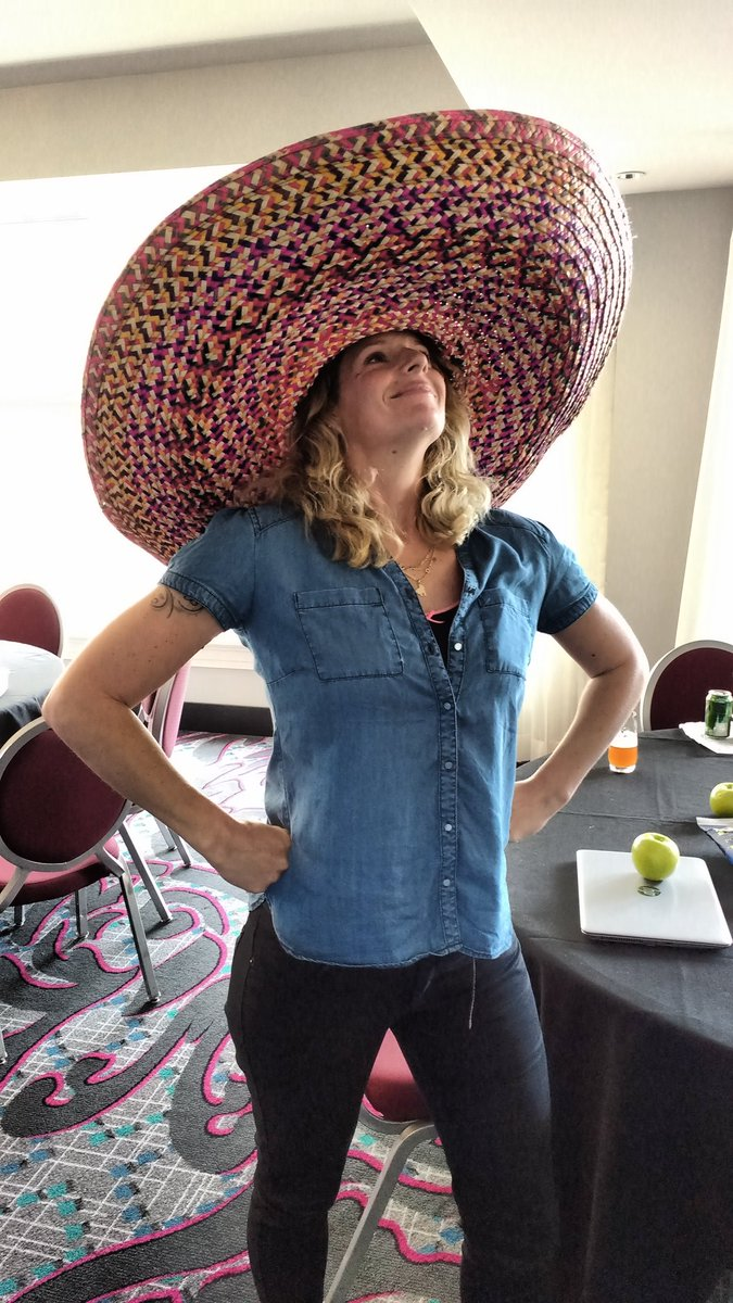 Oscar Fuentes On Twitter Wendy_schippers Thought She Could Mexican Pfft Amateurs Hpmeetup17 Https T Co Jcdkilurl8