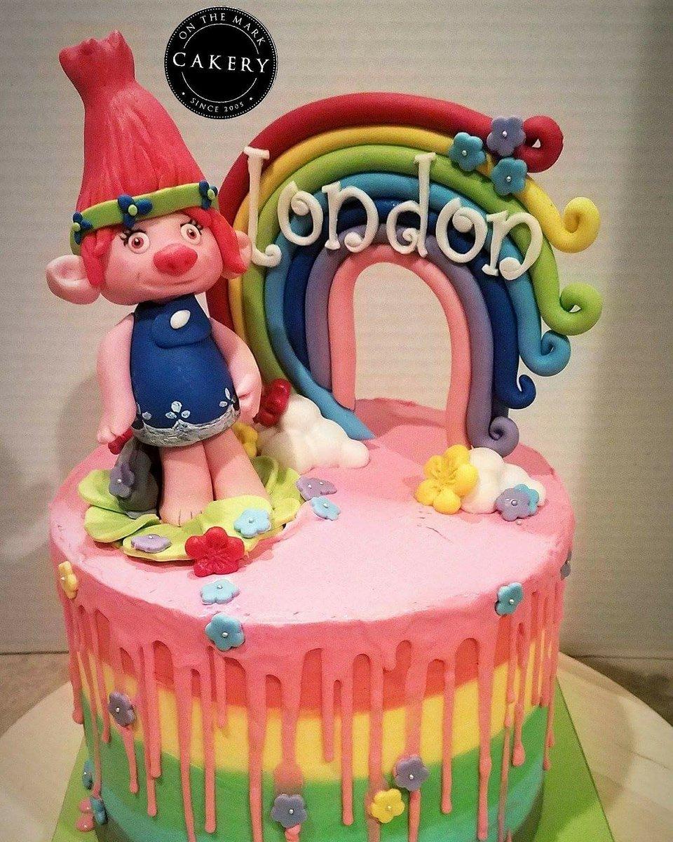 Fine Foodie Crush Arizona On Twitter Trolls Rainbow Drip Cake Funny Birthday Cards Online Hendilapandamsfinfo