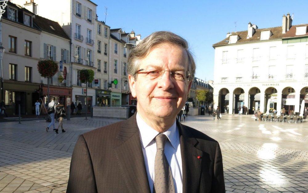 Le maire de #SaintGermainEnLaye Emmanuel Lamy est décédé via @le_Parisien