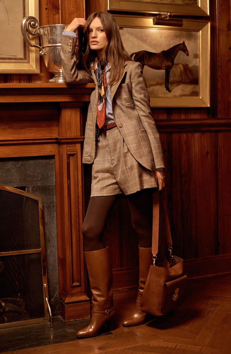 Ralph Lauren New York Pre-Fall 2017 #collection #ReadyToWear #PretAPorter #fashion #couture #model #show #suit #highheels #beauty<br>http://pic.twitter.com/F1CvWdncpH
