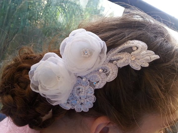 Delicate Flower Wedding Comb, Bridal #Hair Comb, Bridal Hair Accessories. Bridal headdress, Stones svor... #weddings  http:// etsy.me/2qYs6B1  &nbsp;  <br>http://pic.twitter.com/9LWIUmUxQh