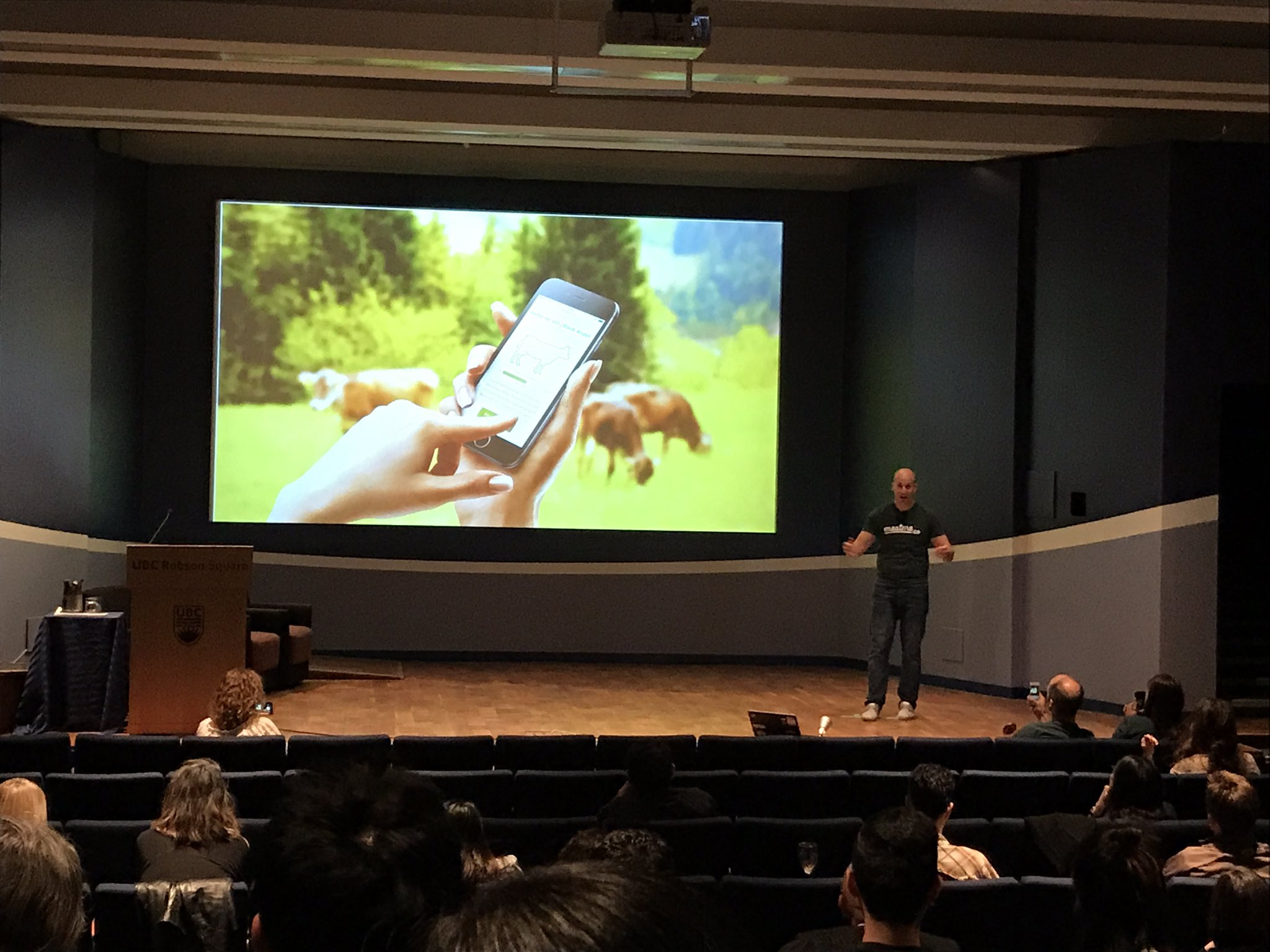.@meatmedotco is the Tinder for farm-to-table meat consumption  #Propel2017 https://t.co/OqkFbWGEu2