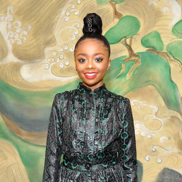 Every girl needs a lipstick that won't budge in warm weather. @skaijackson found it: https://t.co/Y8qZMm42SJ