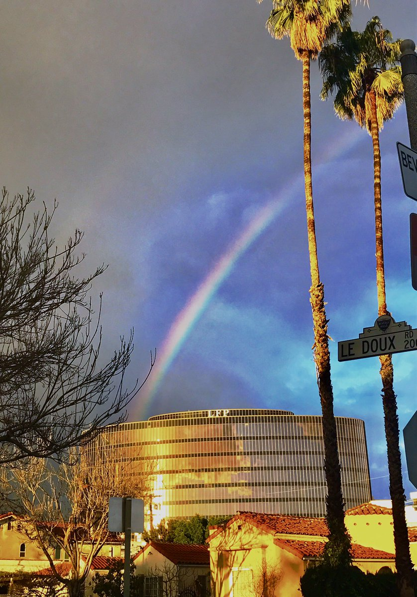 #DoubleRainbow over the Larry Flynt ( #Hustler #magazine ) Buliding. Oh #LosAngeles - always so delightfully stupid  #BeverlyHills #LA #LFP <br>http://pic.twitter.com/1fSSWnLOaR