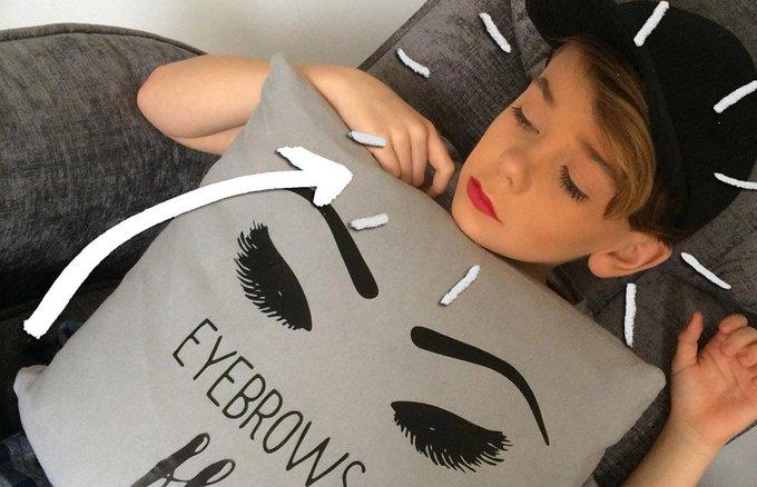 El nuevo gurú del makeup en Instagram es un niño de 10 años