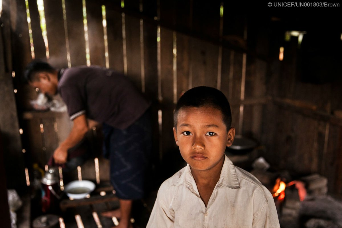 #Myanmar: In Kachin &amp; Kayin states, children face daily threat of conflict, violence and landmines  http:// uni.cf/Myanmarchildal ert &nbsp; …   #foreverychild<br>http://pic.twitter.com/oNCTiKgPpK