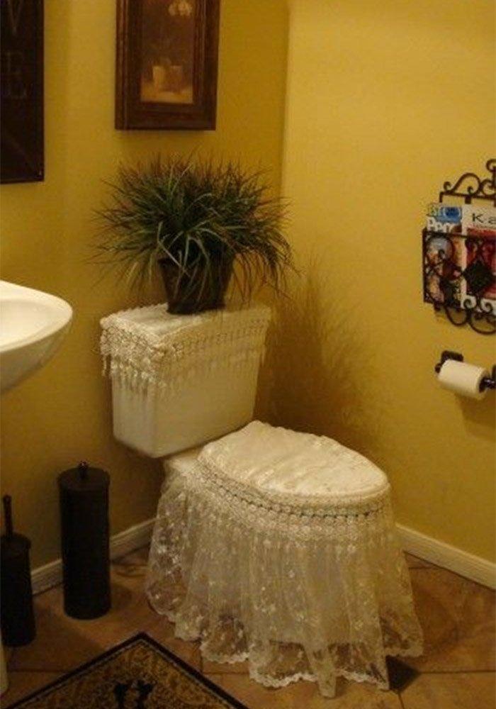 Why? Why? Ha Ha #Toilet #DesignFail<br>http://pic.twitter.com/PHqD0la9si