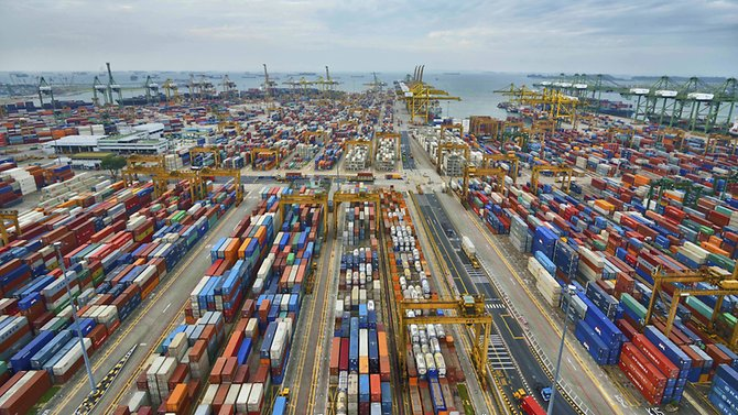 JUST IN: Singapore's exports rose 15.2% in the first quarter of the year https://t.co/8b0l6LHJo1