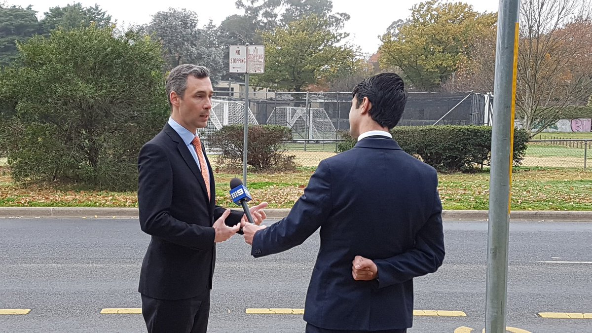 Tune into @9NewsCanberra this evening at 6pm to hear Dr @JAGarrick, CGS Head of School, talk about pedestrian and school zone safety.