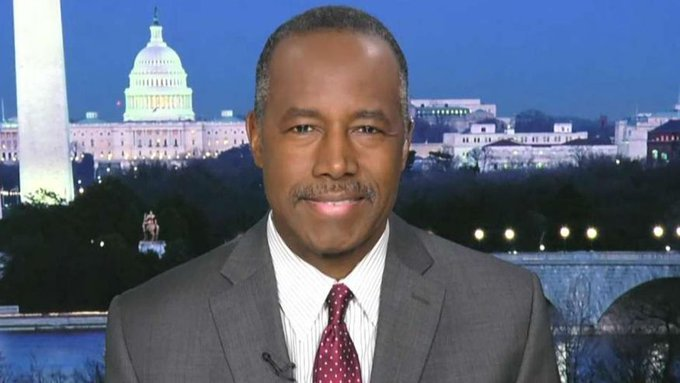 Carson calls poverty a 'state of mind' in radio interview  https://t.co/LtFkSxmcIA