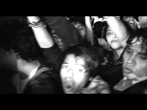 #m Arctic Monkeys - R U Mine? - Live in Mexico City   http:// songpills.com/arctic-monkeys -r-u-mine-live-in-mexico-city/ &nbsp; … <br>http://pic.twitter.com/43BqGr0Go5