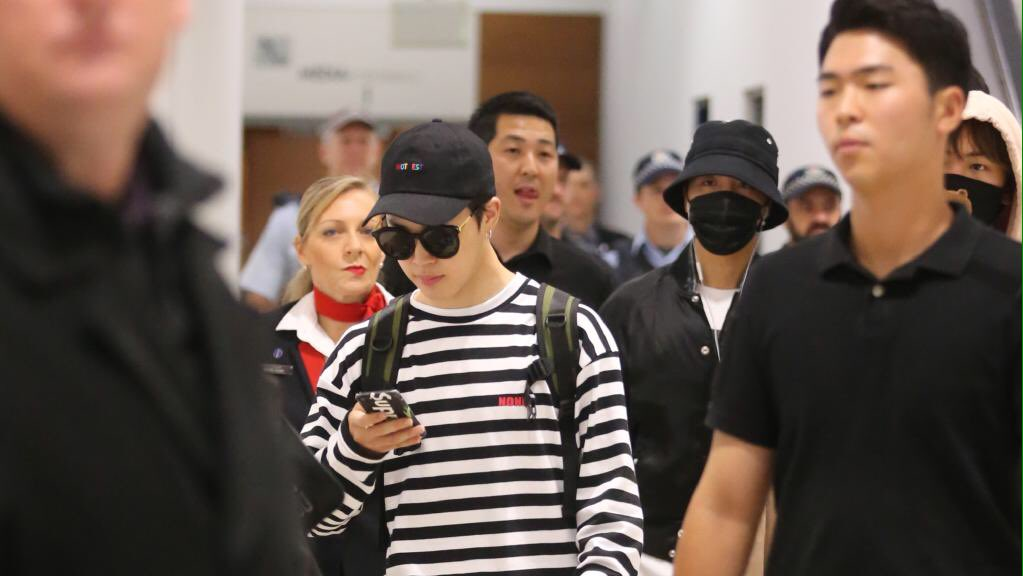 #BTS has arrived in Sydney~  v. Bts_co_id  <br>http://pic.twitter.com/47iCce8exp