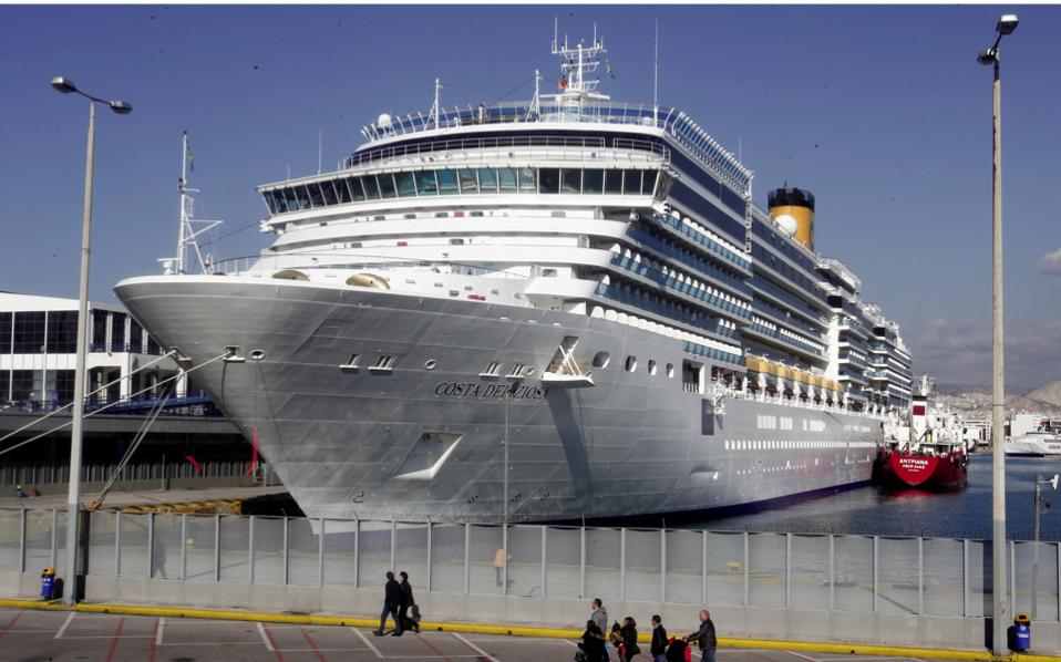 external forces affecting cruise lines Pestle analysis on the cruise industry topics: cruise ship the cruise line industry's key success factors should stand out to you the things that most affect.