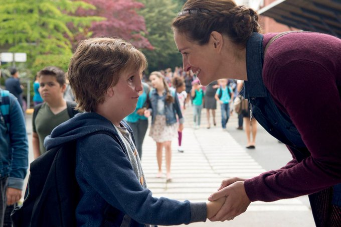 #Wonder gets emotional first trailer with @JacobTremblay, Julia Roberts https://t.co/MsFZRhLCCf