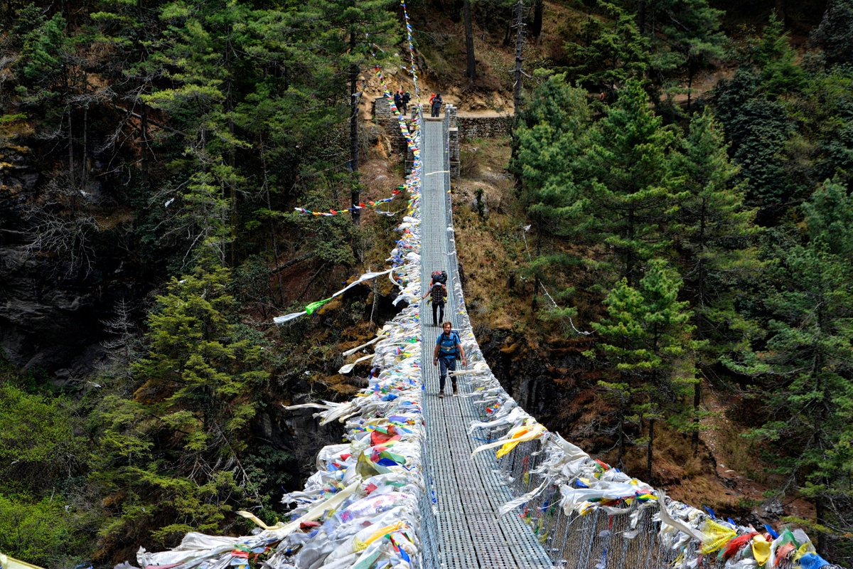 The famous Hillary bridge on the way to Namche Bazar #Everest #EBC #Himalayas #Nepal #AdventureOfALifetime<br>http://pic.twitter.com/LnkrzNE98i