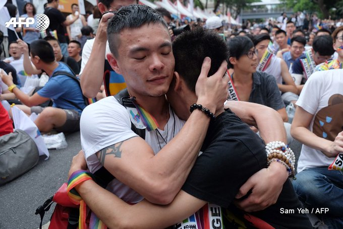 Taiwan's gay marriage ruling raises hopes across Asia https://t.co/GR89bFBq2Q