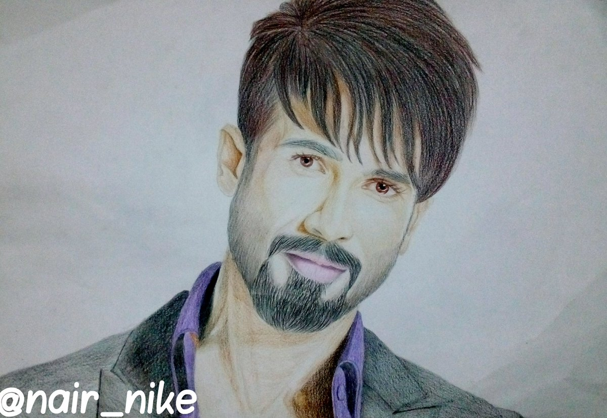 @shahidkapoor sketched by me #ShahidKapoor #Rangoon #Padmavati #art #sketch #portrait <br>http://pic.twitter.com/c4L724PpqS