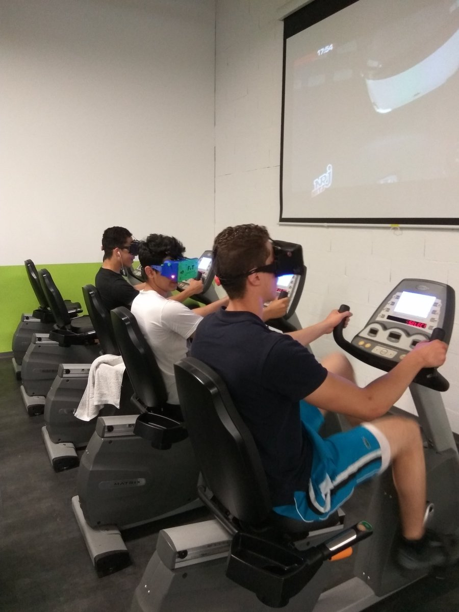 Training Go #montpellier #demo. #virtualreality #fitnessmotivation #indoorcycling #immersion #training #bike #cycling<br>http://pic.twitter.com/o0y4ebxhoJ