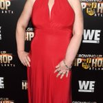 Mama June sizzles in scarlet on red carpet after stunning weight loss ---> https://t.co/LMgu1w8erW