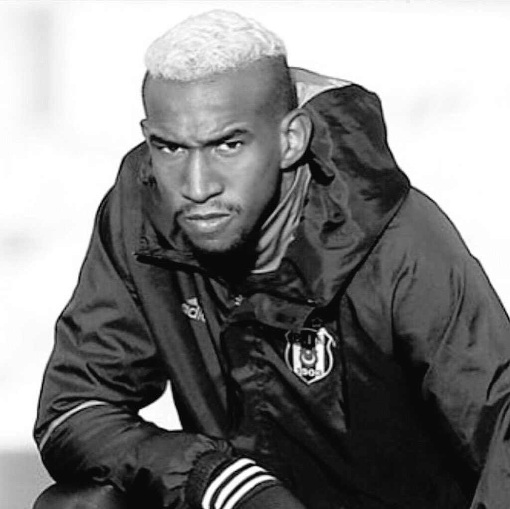Anderson Talisca #blackeagle #Beşiktaş <br>http://pic.twitter.com/GG7YpY8aIi
